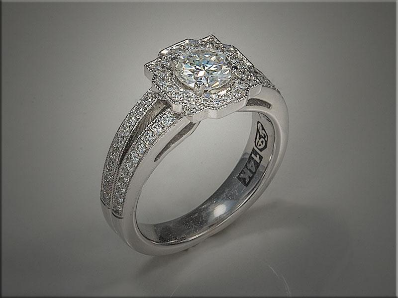 Diamond engagement ring. p630.jpg