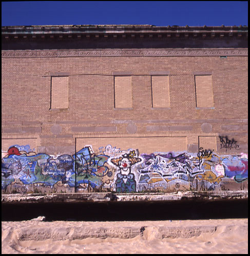 graffiti_beach.jpg