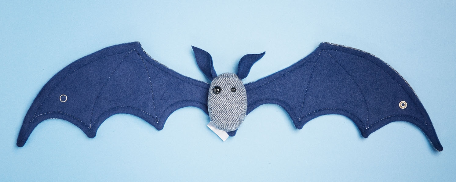 BAT_Blue_on_blue_W_Scatterbrain Handmade 0911201814827.jpg