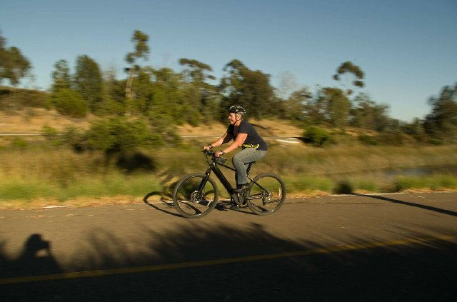 electric-bikes-raleigh-electric-redux-riding.jpeg
