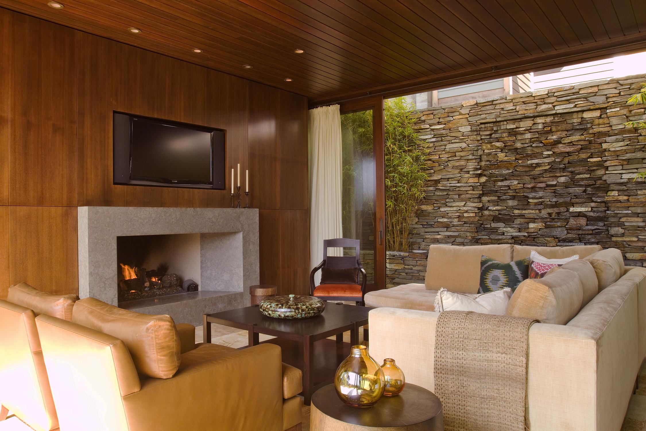 5 Zisette Living Room Fireplace.jpg