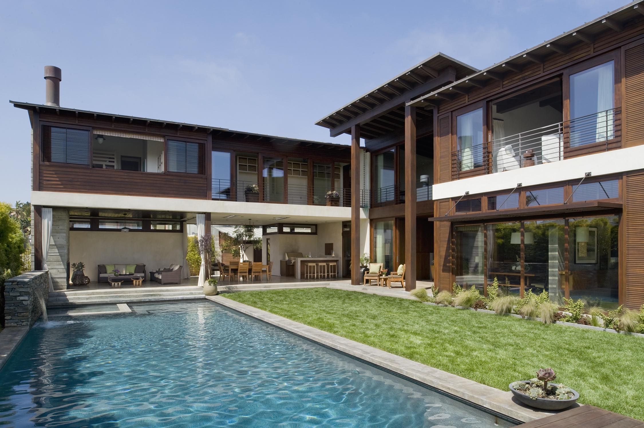 14 Zisette Pool to House Angled.jpg