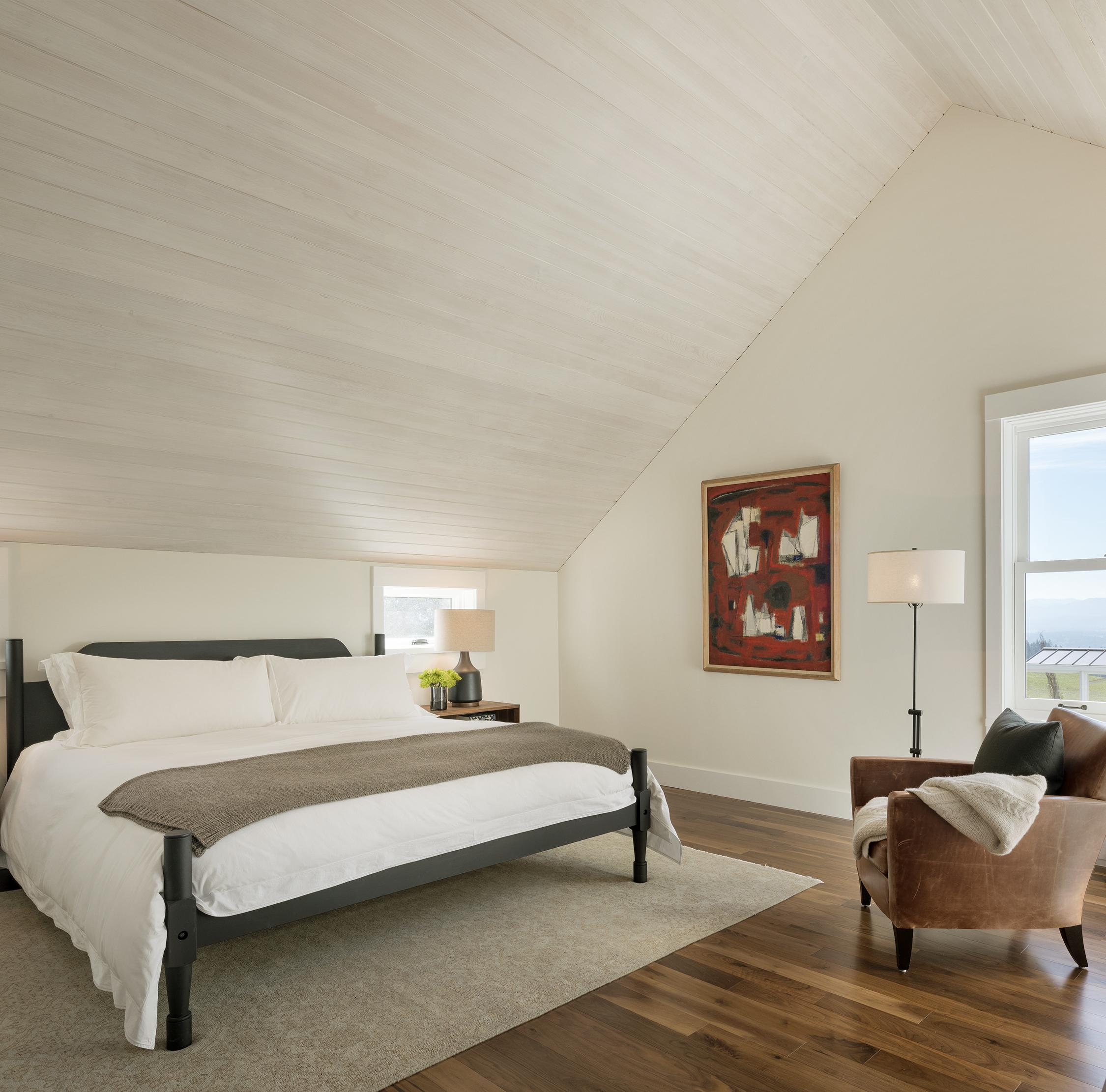 30 Dayton OR Guest Bedroom (2).jpg