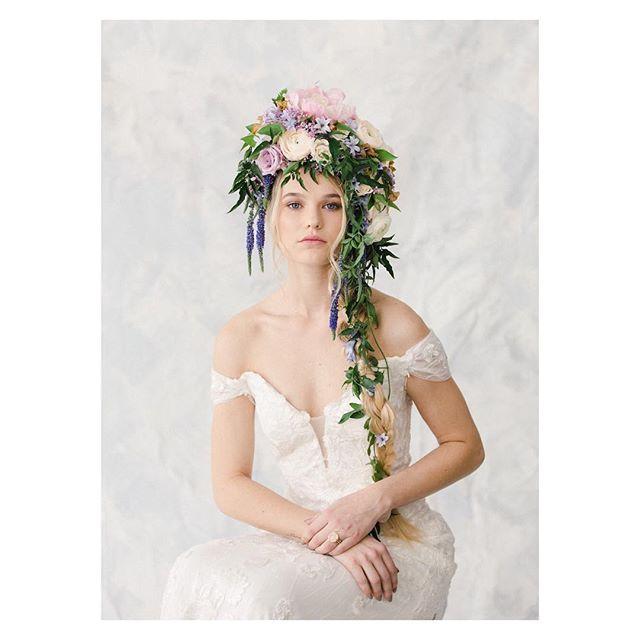 cover shoot for the newest publication of @focusonthecoastweddings out today! Pretty and pastel-ready for spring!!!🌸💐 ——————————————— hair: 🙋🏼♀️ photo: @theomilophoto  mu: @maarikolkbeauty  florals: @designsbyamberlanier  model: @kaylatharrington  set: @paintjoy_ilm  styling: @ziabird @theweddingdressshoppe ———————————— #weddingmagazine #covershoot #springhassprung #springbride #weddings #weddinghair #weddingmakeup #bridalhair #hair #hairstylist #hairflorals #flowerhair #focusonthecoast #photoshoot #hairextensions #model #braid #bridalbraid #thathattho #oribe #oribeobsessed #modernsalon