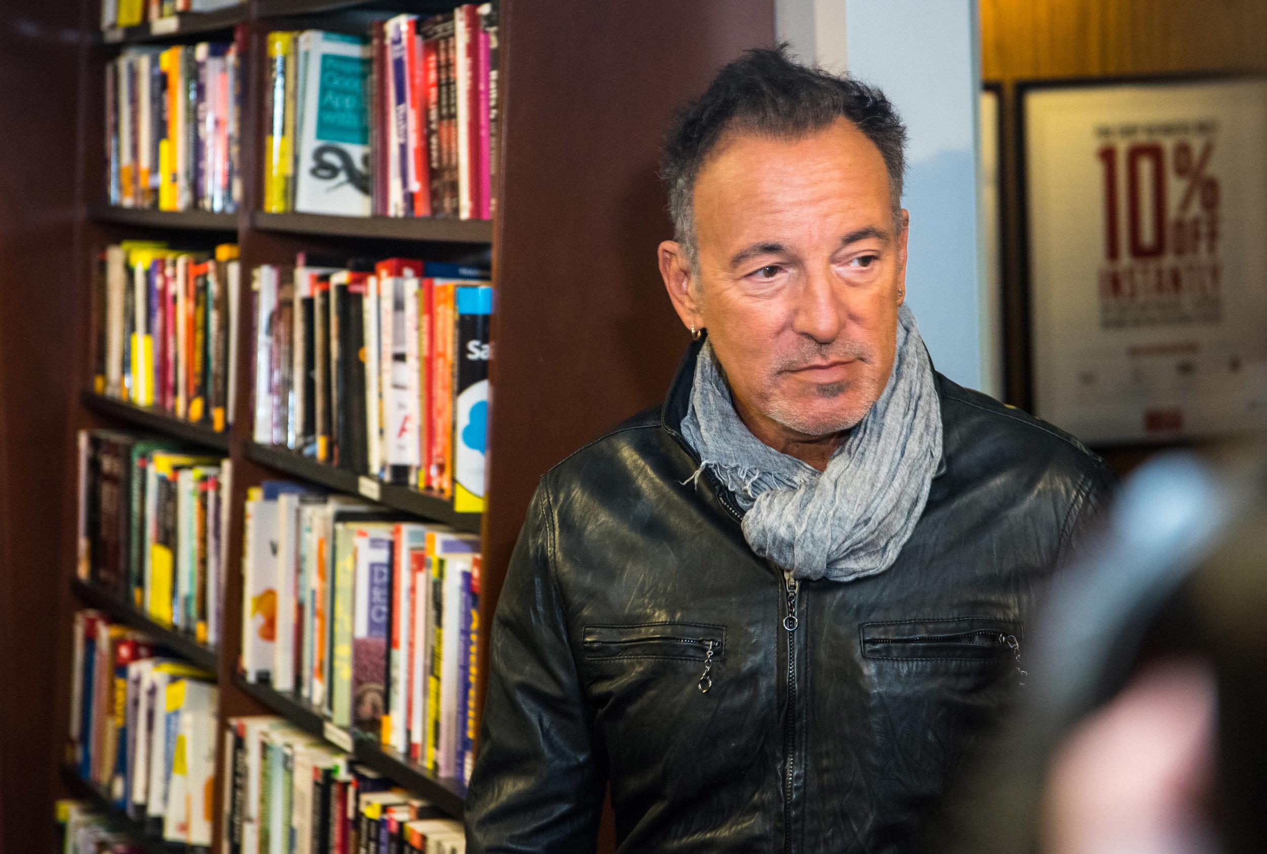 SpringsteenHarvardCoop_9952a.jpg