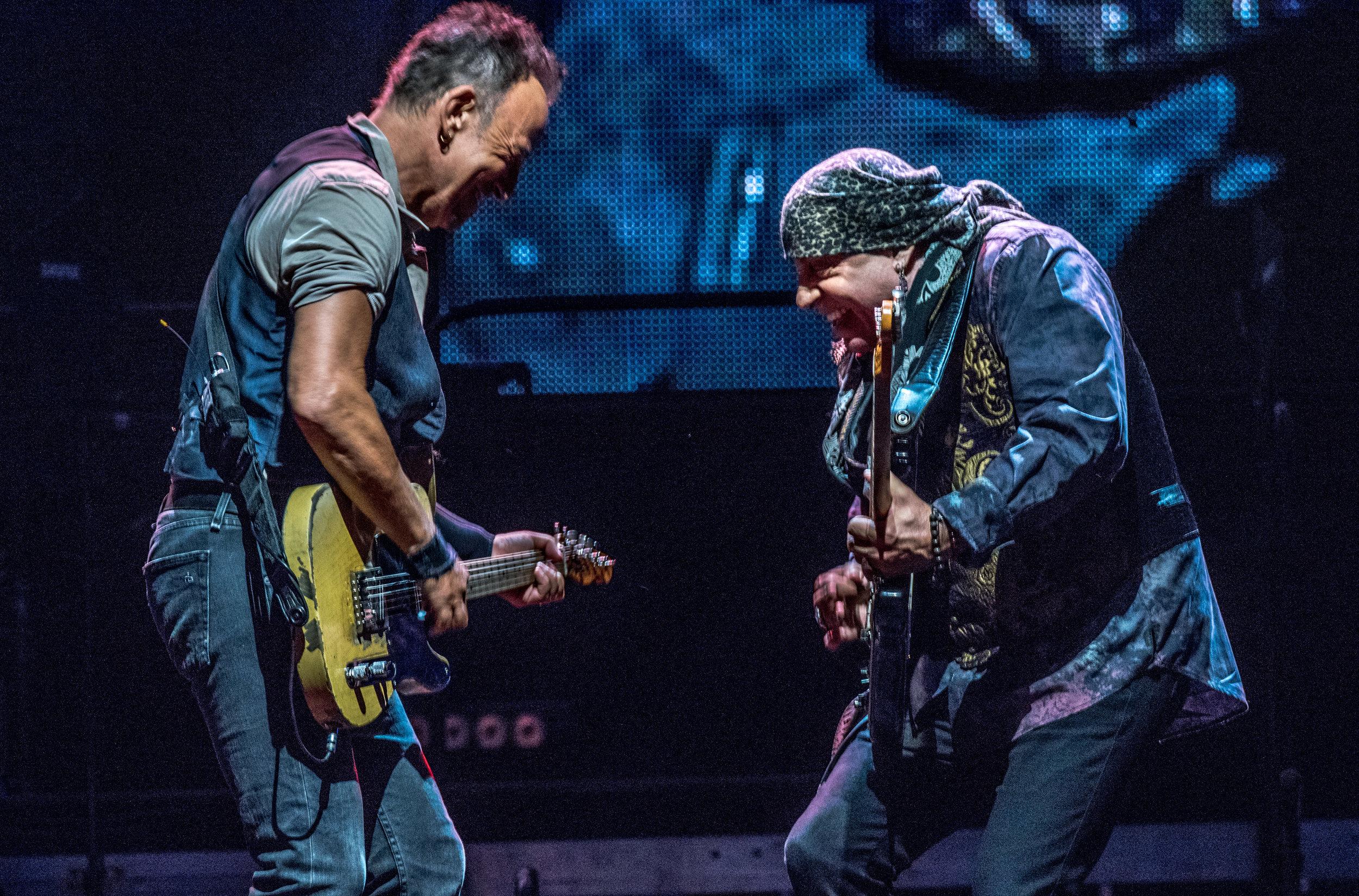 Springsteen_GilletteSept14_16-9334.jpg