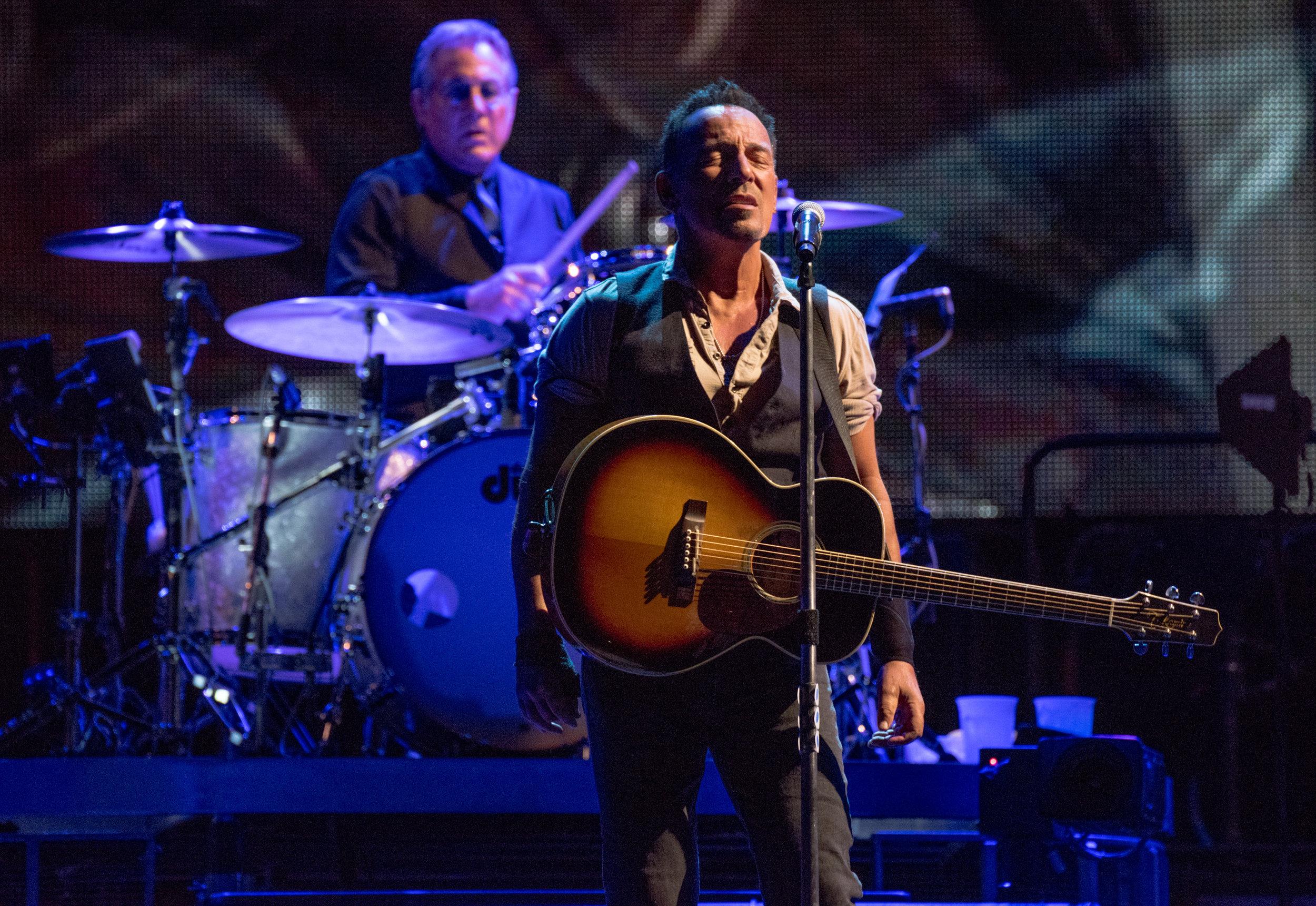 Springsteen_GilletteSept14_16-9183.jpg
