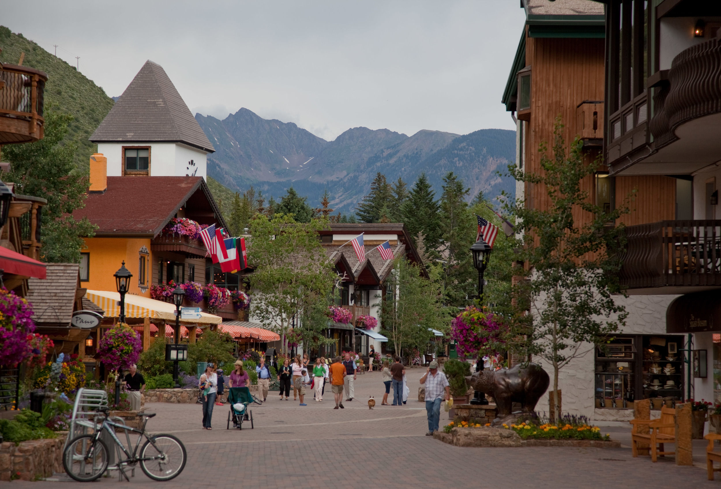 Downtown Vail, Colorado built a pleasant place for people. Every town can do this. Despitevirtually everyone who visits Vail drives their car there - they did not use it as anexcuse to not build a place for people.