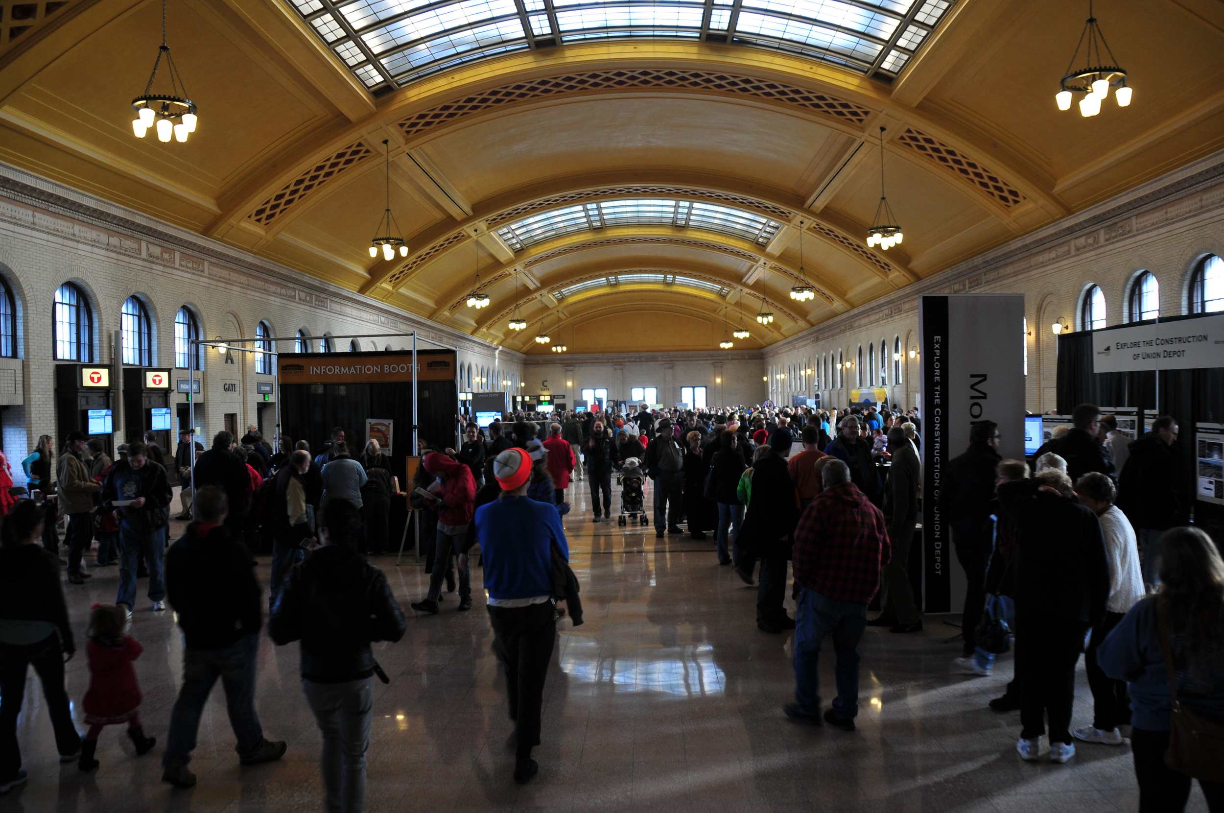 St_Paul_Union_Depot_Waiting_Room_Opening_Day_3.jpg