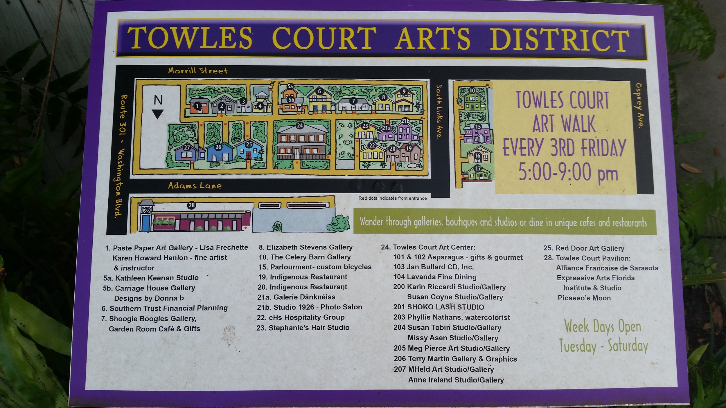 A map of the district posted near one of the entrances. The yellow paths are all pedestrian-only.