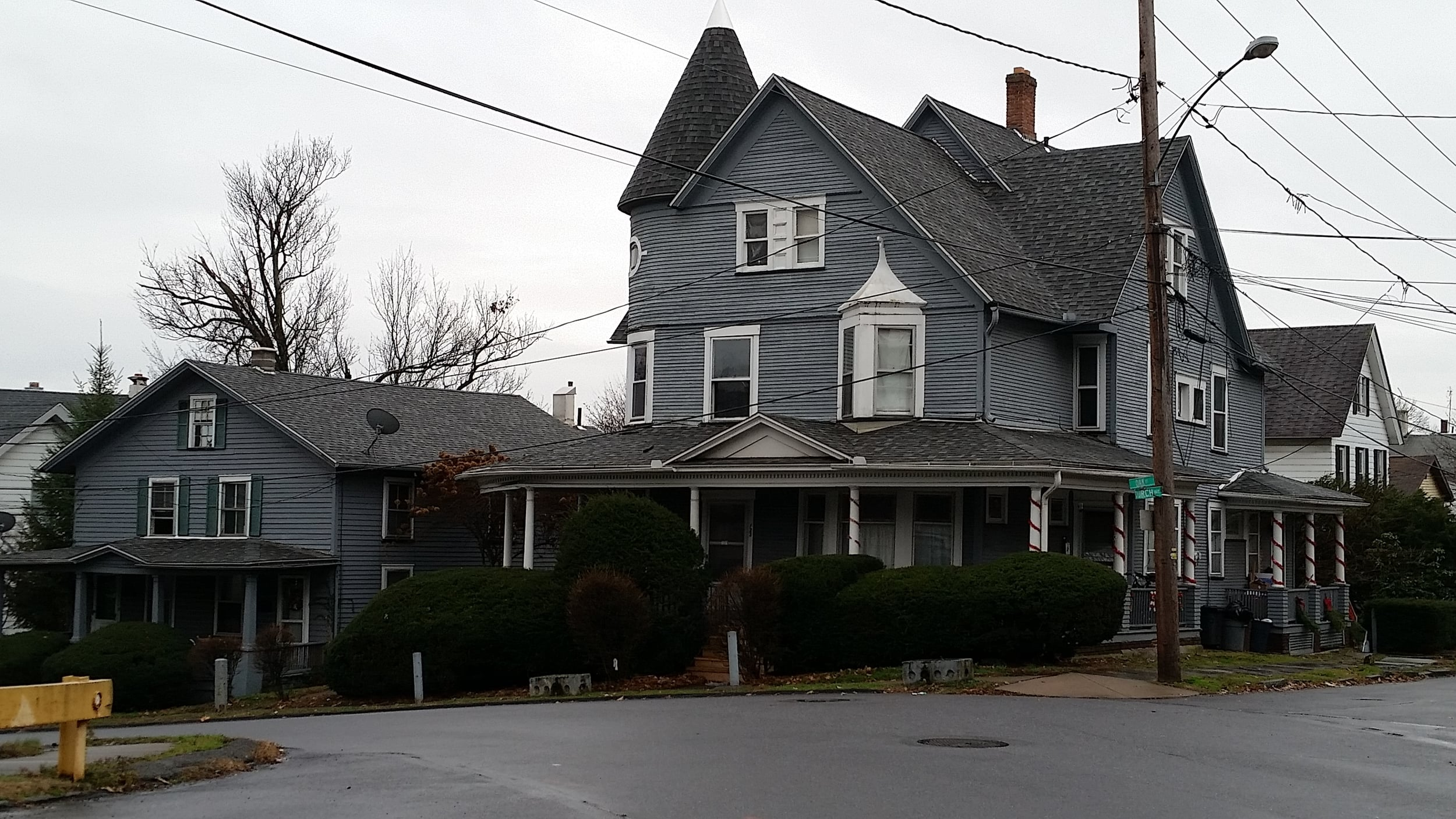 Pretty House 1.jpg