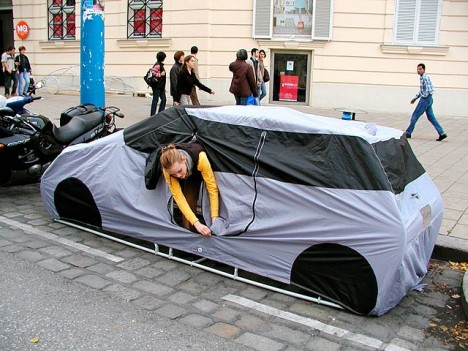 A car tent. I don't know where this is.