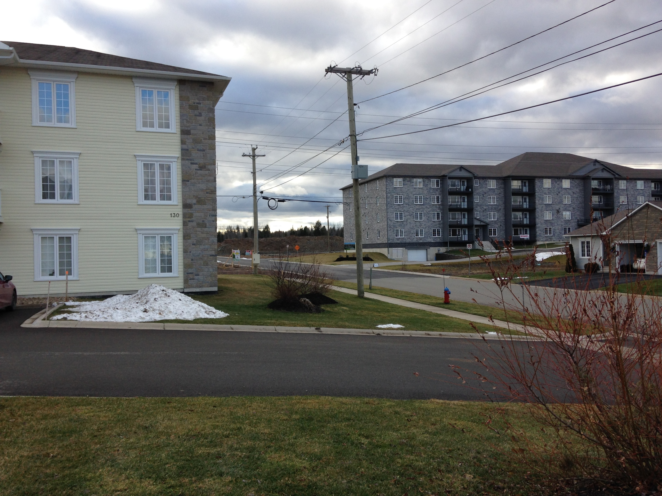 Garden apartments next to single family homes (Bishop Drive area, Fredericton)