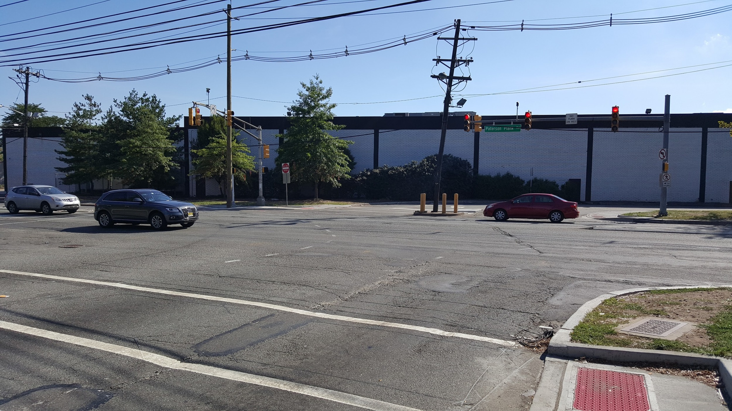 We tried to walk between multiple furniture stores, but encountered sidewalk dead-ends and cars flying past when the light goes green without expecting to see anybody crossing. It does not take much negative reinforcement punishing you until you decide to stick to the city.