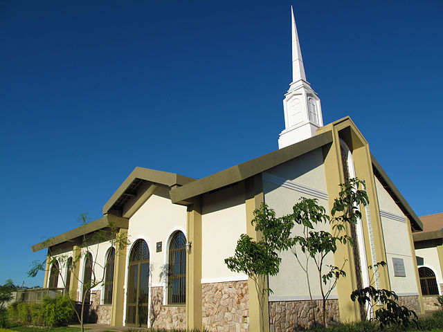 A Mormon meetinghouse, photo by  Ricardo630