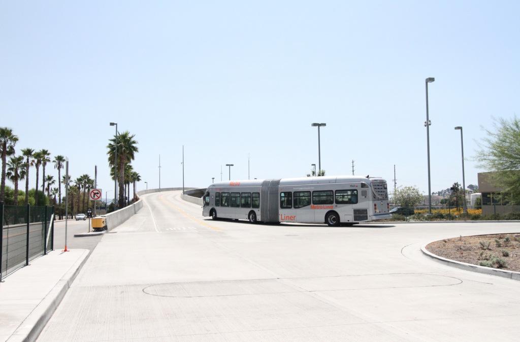 bus-turning.jpg