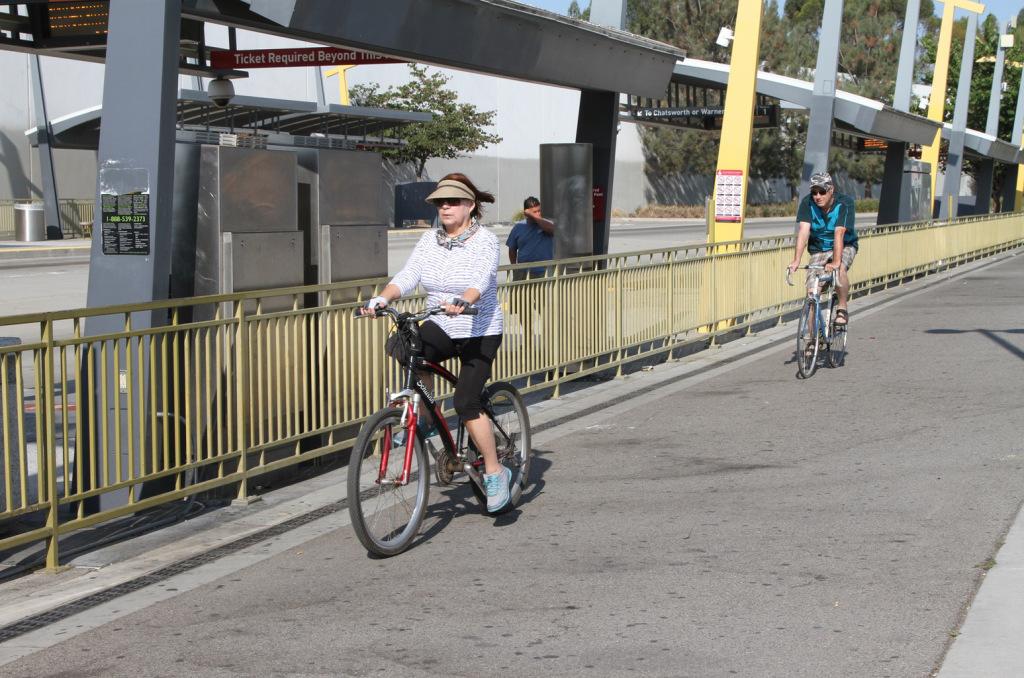bikepath-bus.jpg