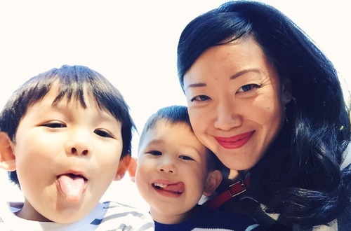 Marian Liou and her two children. Photo from  We Love Buhi .