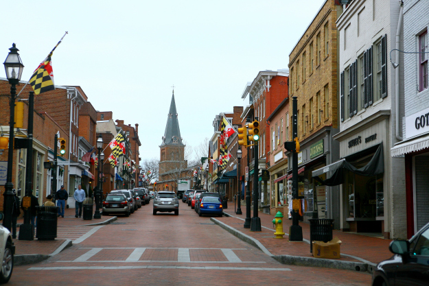 Main Street Annapolis (Source: Wikimedia)