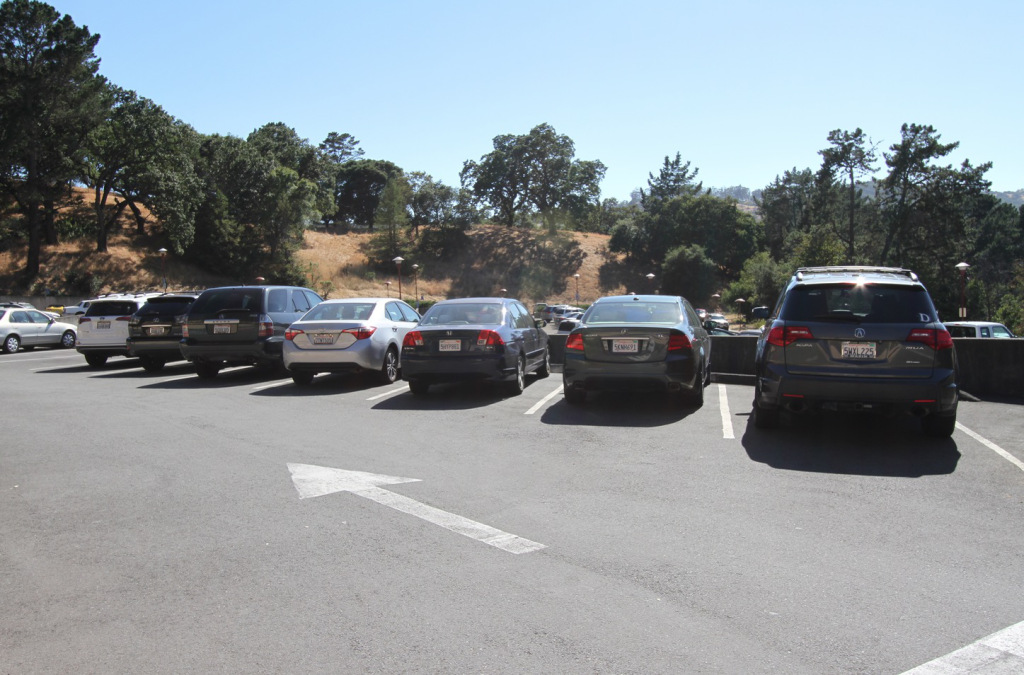 29parking.jpg