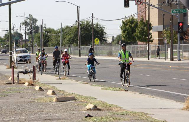 Cultiva la Salud hosts neighborhood bike rides and walks as a way to gather community feedback in a hands on manner. (Source: Cultiva la Salud Facebook page)