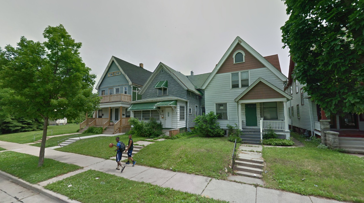 A block on the Northwest side of Milwaukee, 2011 (Source: Google Maps)