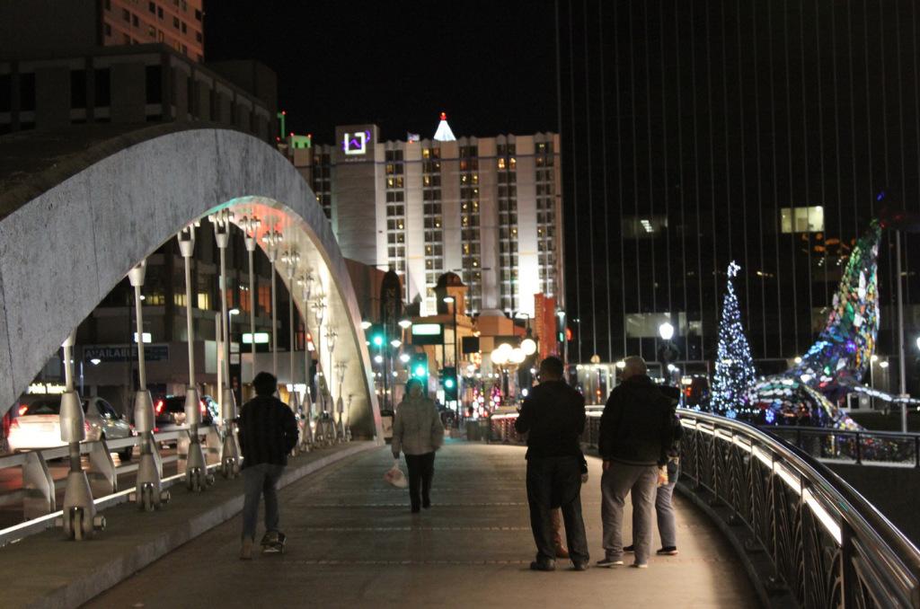 36people-downtown-night.jpg