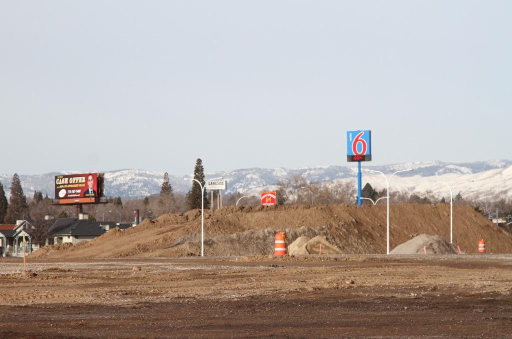 74dirt-motel6.jpg