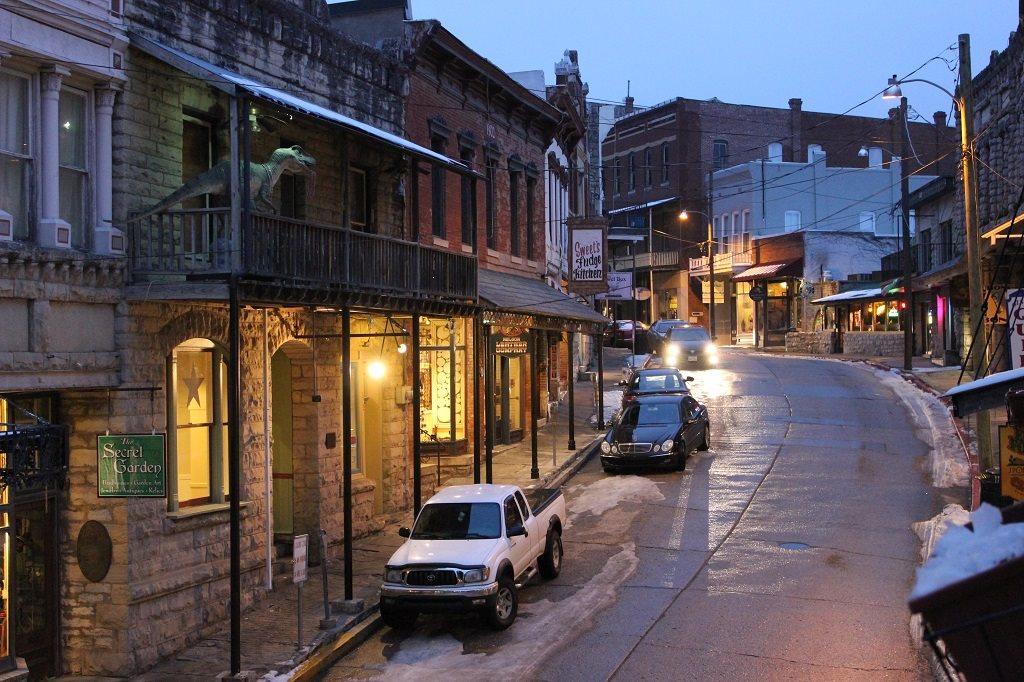 Downtown Eureka Springs, Arkansas. (Source: Andrew Price)