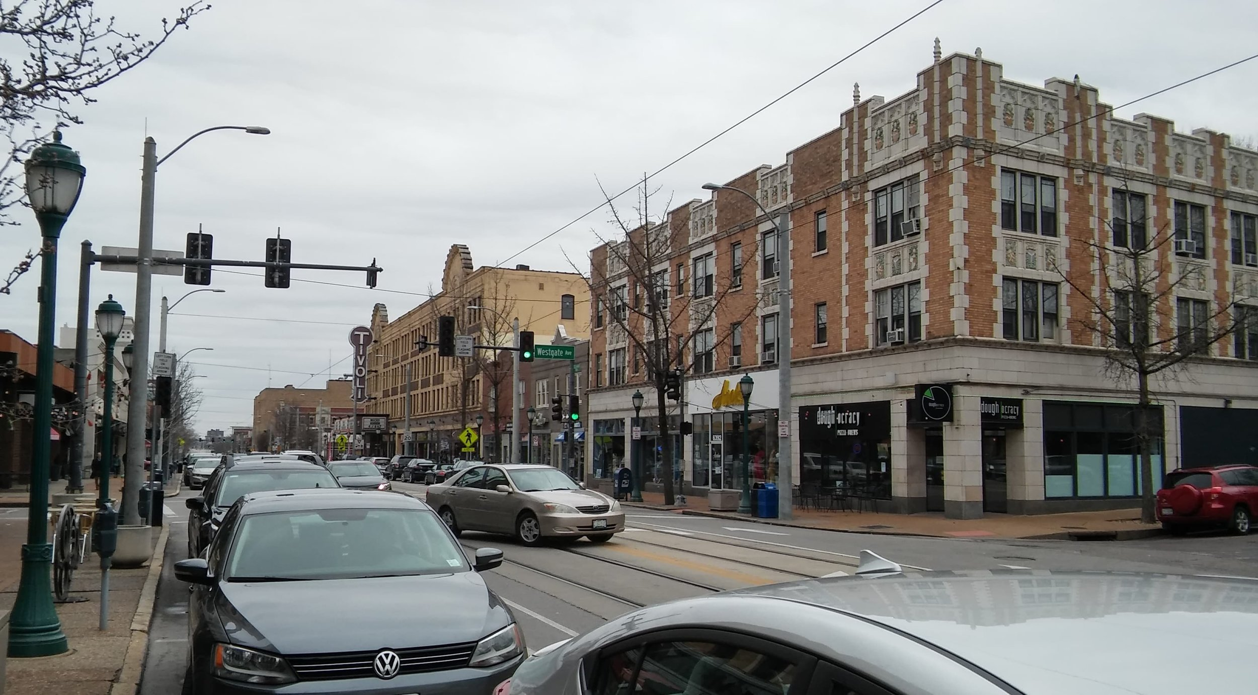 St. Louis streets are now home to a new and fairly pointless trolley loop.(Source: George Zhou)