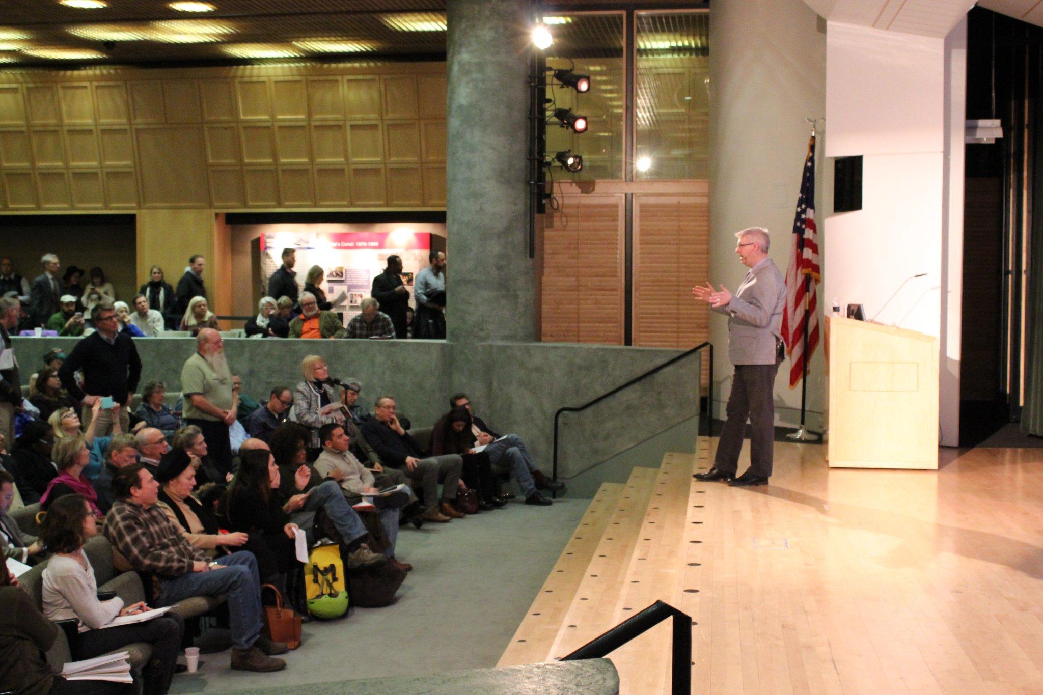 Chuck Marohn gives a public presentation at the Kansas City Public Library in Kansas City, MO in January 2018 (Photo by Abigail Newsham)
