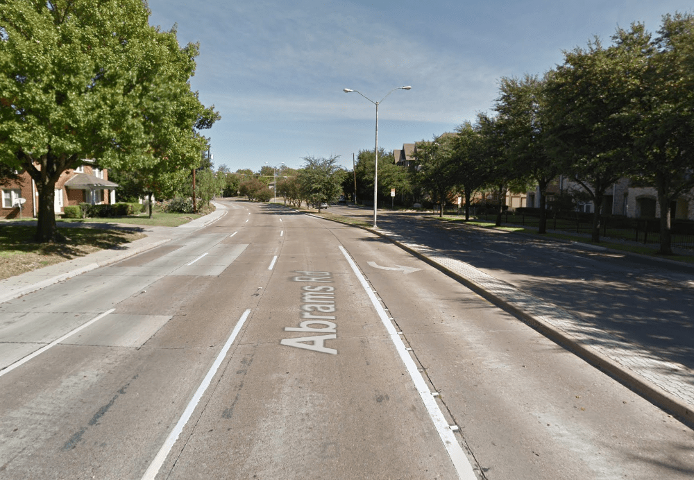 Empty road in Dallas, TX