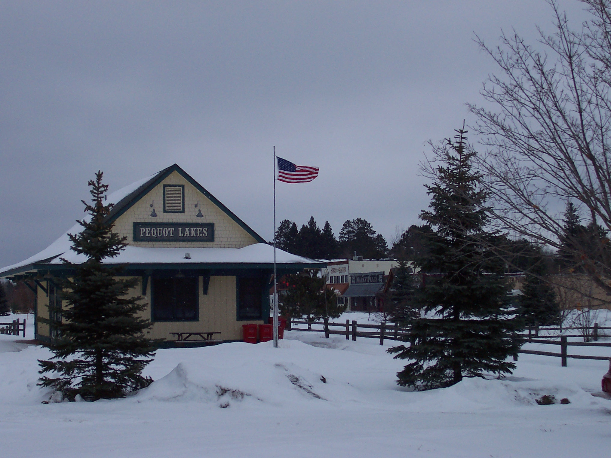 Pequot Lakes depot in winter. Image via Wikimedia Commons.