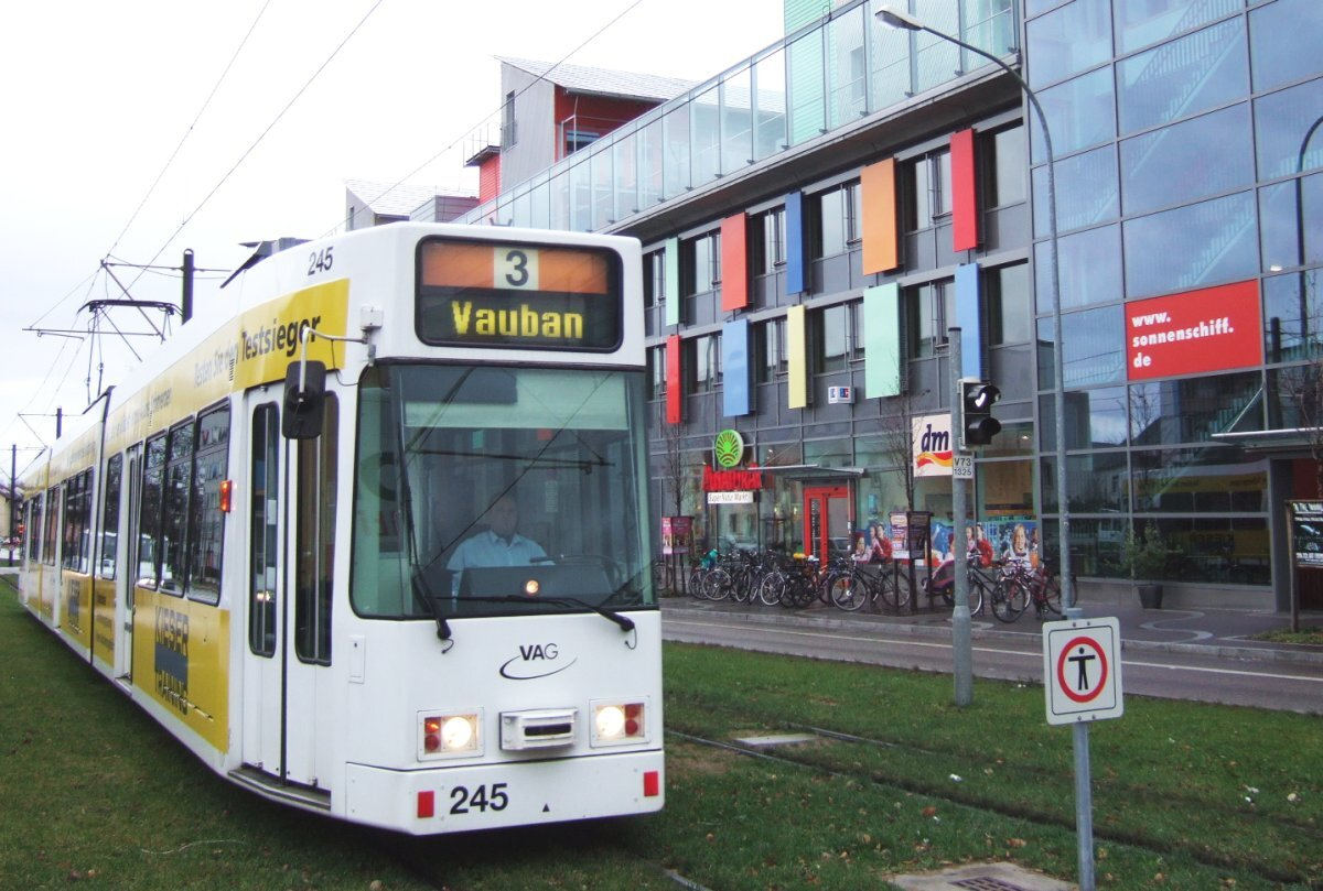Like other German neighborhoods, Quartier Vauban is well connected to the transit network. ( Image source. )