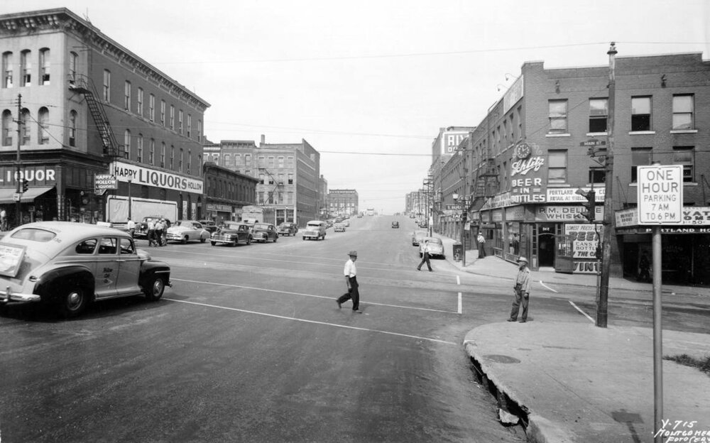 The area that would be destroyed for the 6th Street Expressway, photographed in 1949. Missouri Valley Special Collections, Kansas City Public Library