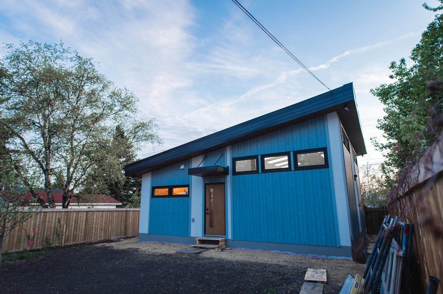 A one-story garden suite in Edmonton. Image via YEGarden Suites .