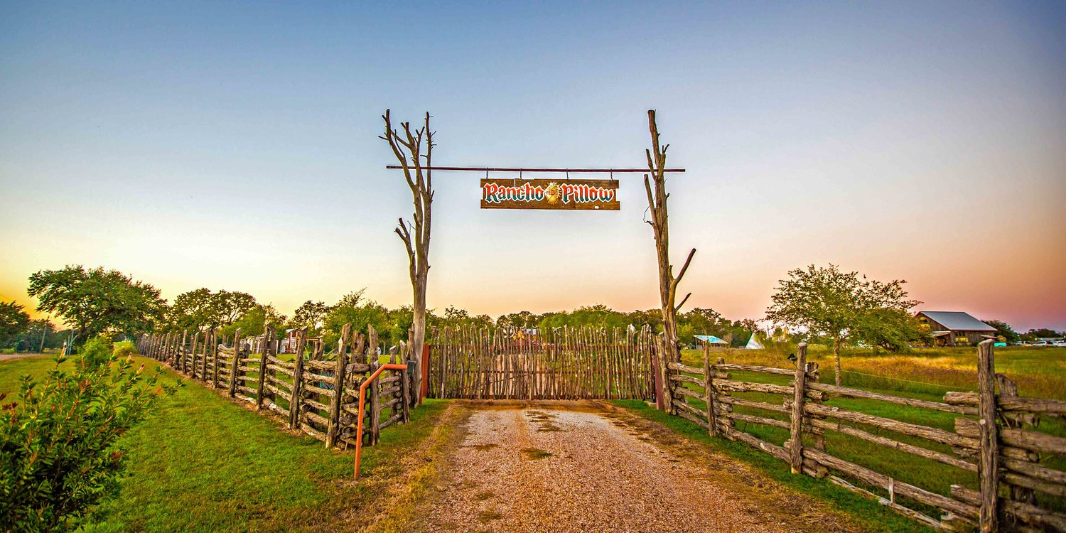 Originally artists' retreat grounds, these gates might as well play Led Zeppelin as they open. Imagine as you approach this, your surroundings stretching out its arms like a dear friend to embrace you, show you a good time, and remind you just how unfuckablewith you are.  Think we might call this wooden fence our Gateway to Freedom.