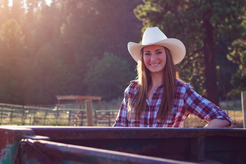 Shelby Senior Portraits_053.jpg