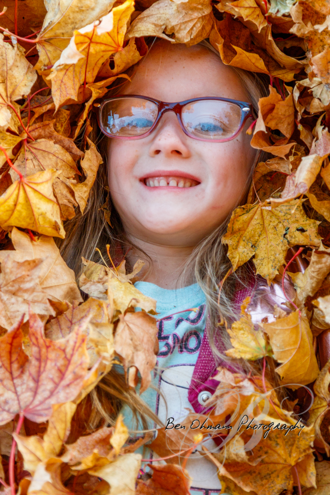 Zenna in the Leaves Mini-Session-20181016_074.jpg