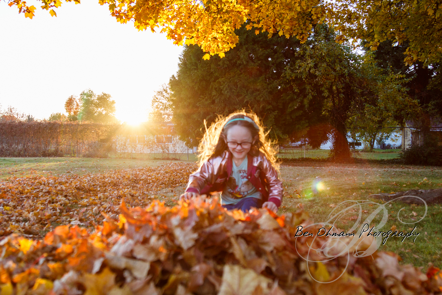 Zenna in the Leaves Mini-Session-20181016_069.jpg