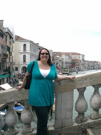 Flaherty on the Ponte di Rialto during her time as a Pratt in Venice participant (2007).