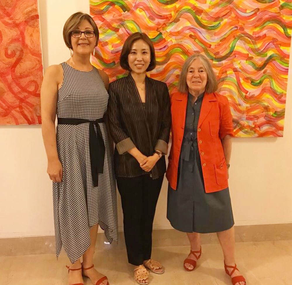Hye won Hahn with Anna Maria Volpacchio and Diana Gisolfi in the US Embassy in Rome.