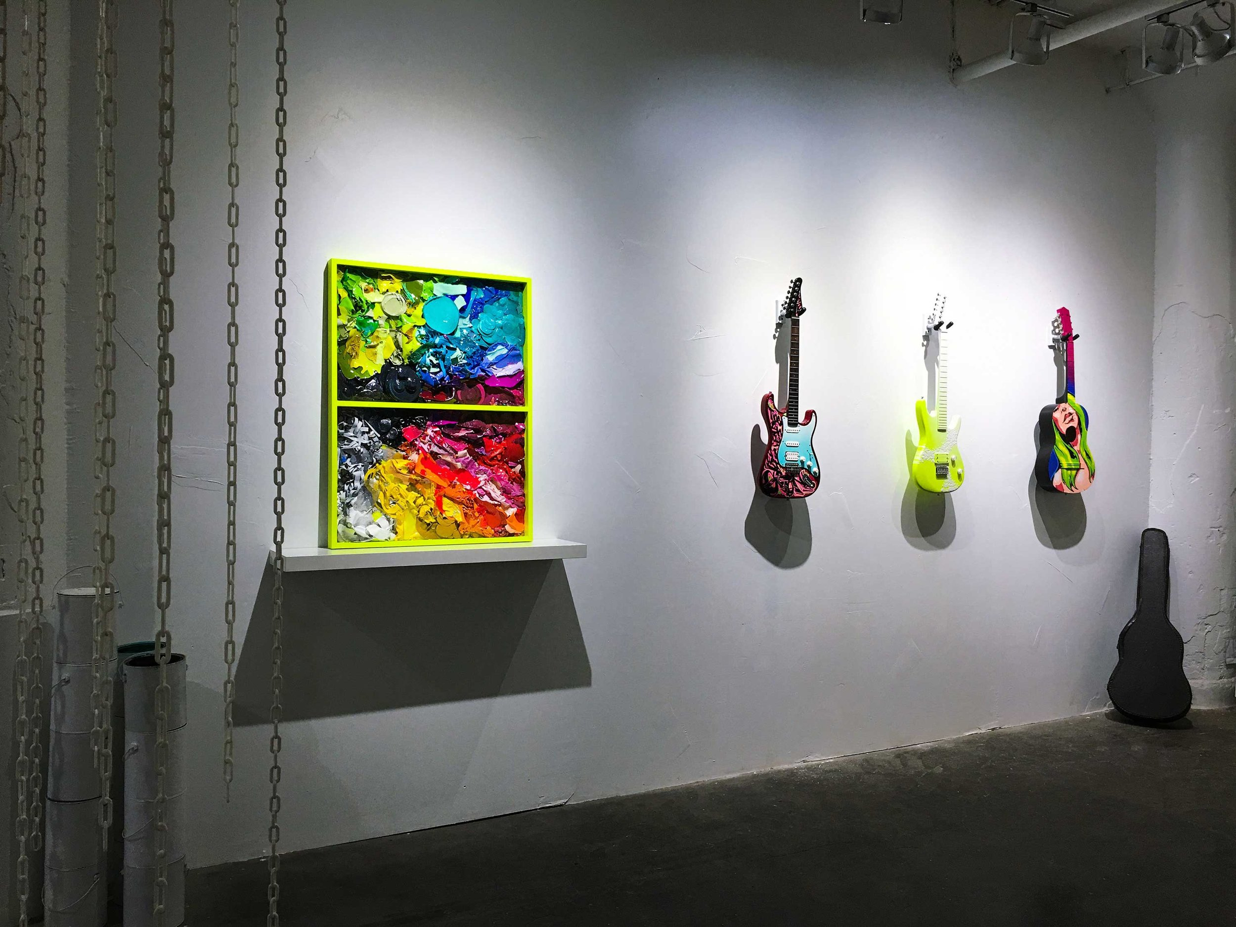 guitars-and-collage_AUTOCOLOR.jpg