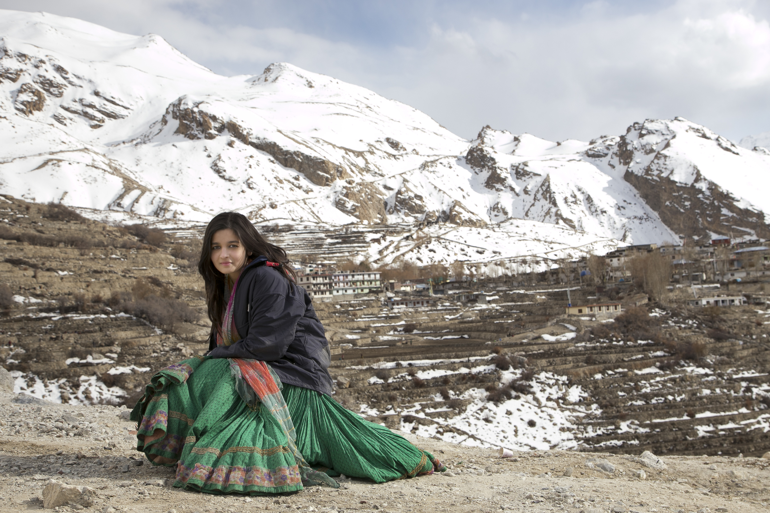Alia Bhatt shooting for Highway in Nako, Himachal Pradesh.jpeg