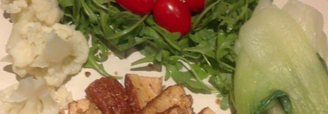 Smoked tofu, pak choi, wild rocket, plum tomatoes and cauliflower