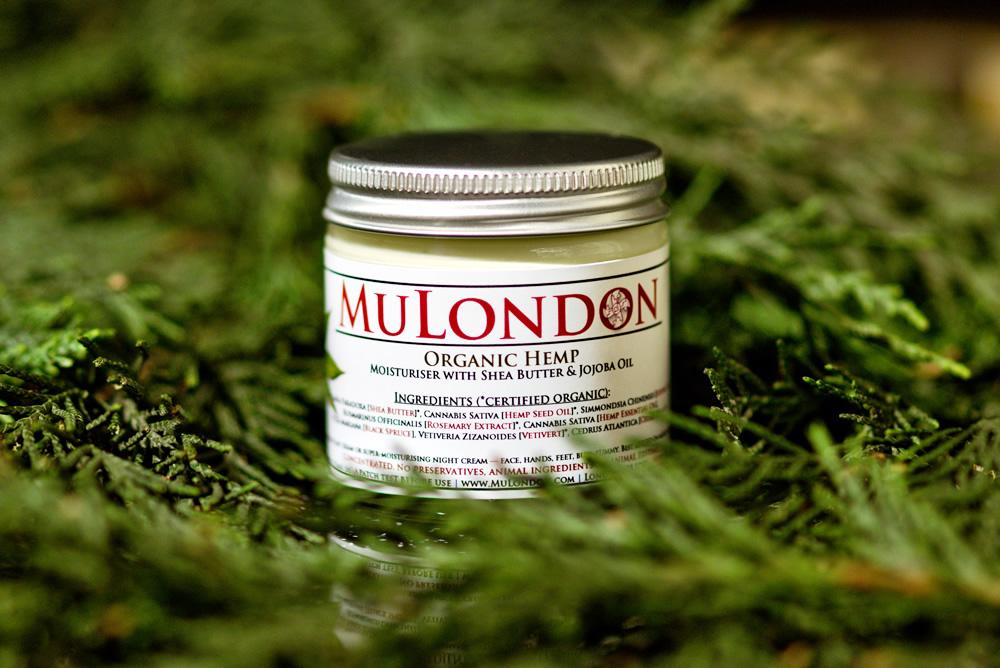 MuLondon_Organic_Hemp_Moisturiser_3.jpg