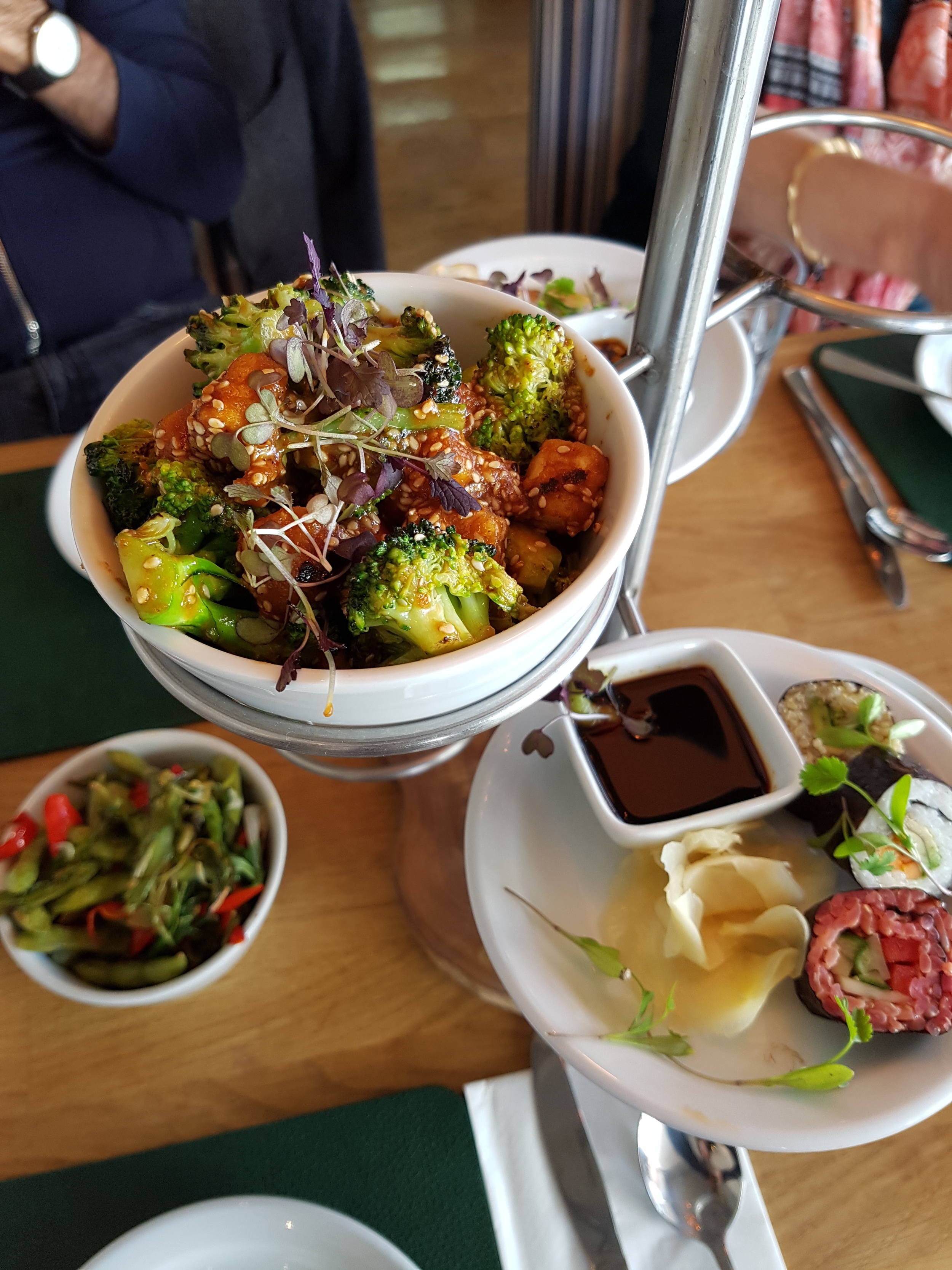 Link to vegan tapas at Rootcandi