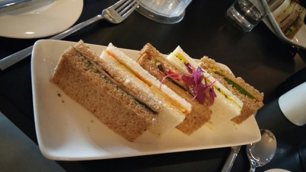 Link to afternoon tea at La Suite West