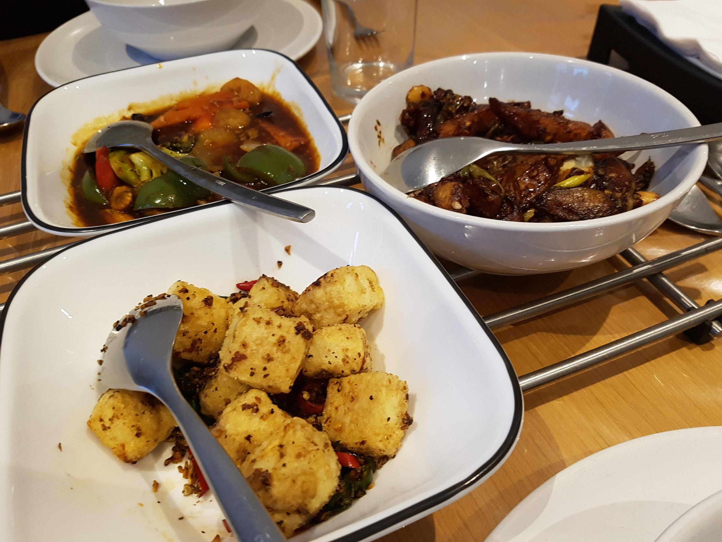 Vegan options at Hakkaland