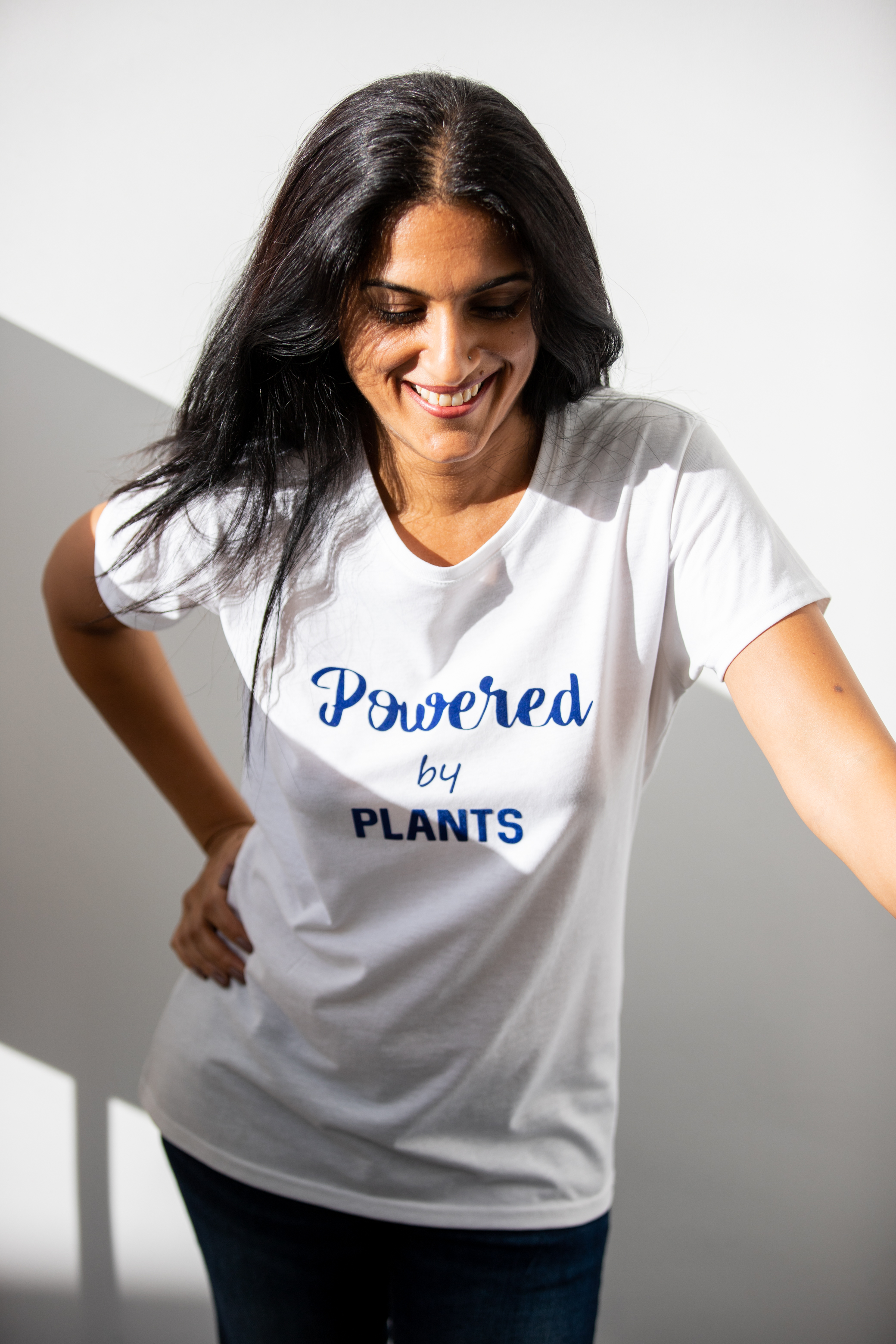 Simple & bold - This tee is by Bee's Mug Shop. I love this particular shade of blue on white, the font, the shape of the t-shirt and the statement that I'm POWERED by plants.